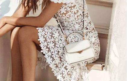 轻奢时装品牌MK,在蕾丝与刺绣之间寻找浪漫的夏日风情