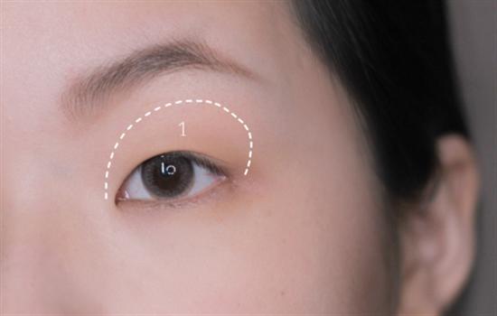 南瓜色眼影怎么画 内双南瓜色眼影的画法