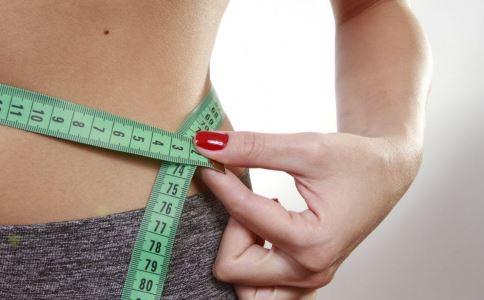 如何才能做到减肥不减胸 这3个瑜伽可以帮你