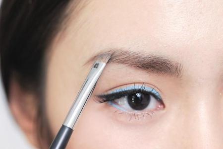 女生眉毛画对称的方法,六个小技巧让你画出漂亮眉形