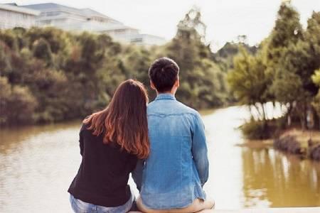 男友要和女同友人出去旅行,被我拒绝后,反倒责怪我思想落后