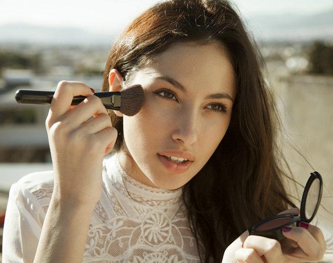 30岁的女生应该化妆打扮吗 奔三女性化妆小技巧