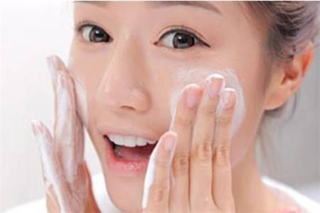 每天化妆的女生,真的知道要如何卸妆吗