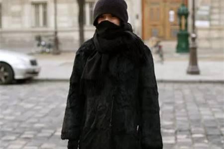 周迅的街拍简直就是女明星中的清流,保暖低调不失时尚