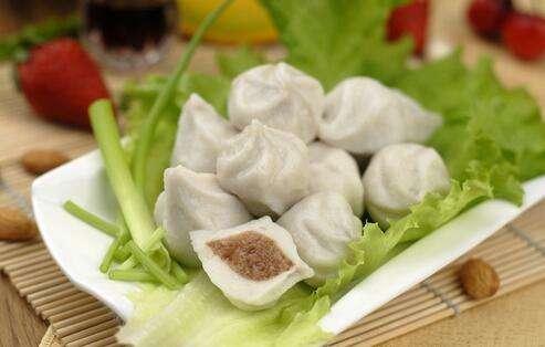 白菜猪肉饺子馅的做法 吃货们赶紧学起来吧