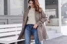 女生穿搭火热的格纹大衣,提升自己街头回头率