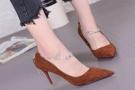 女生长裙配什么鞋子?这四种夏款美鞋舒适透气