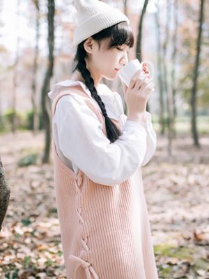 樱粉色衣服如何样式搭配 初春很适合