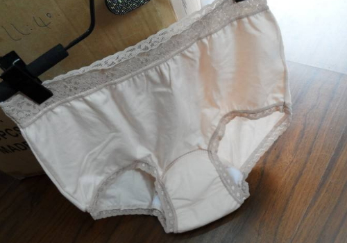 新买的内裤掉色怎么办 有什么危害