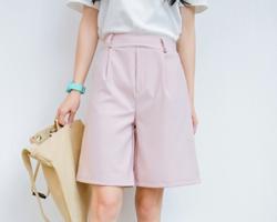 藕粉色服装款式图片 配什么颜色好看