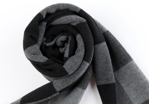 送男生围巾是什么意思 送什么颜色好