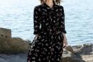 2020年女生流行穿搭,这三款连衣裙夏季穿搭倾国倾城