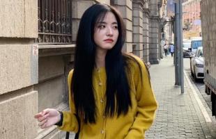 早秋单品还是韩系针织衫最温柔减龄,美成初恋不是问题