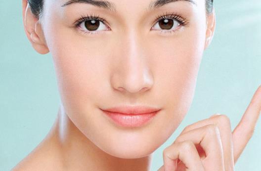 改变脸型要注意垫下巴的后遗症