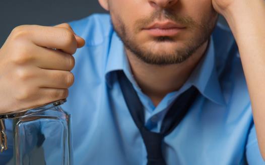 缓解喝酒脸红的方法 饮酒要健康应当遵循的注意事项