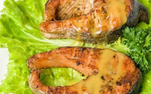 吃鱼补脑 鱼子含有的卵磷脂更多更利于补脑