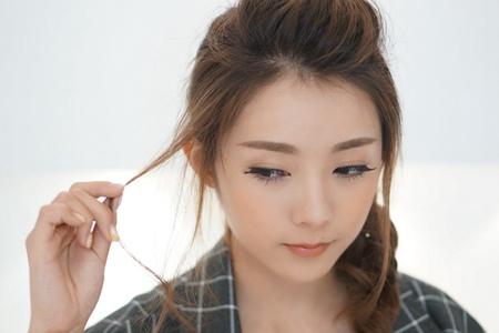 女生碎发怎么剪才好看,发型设计修饰脸型更漂亮