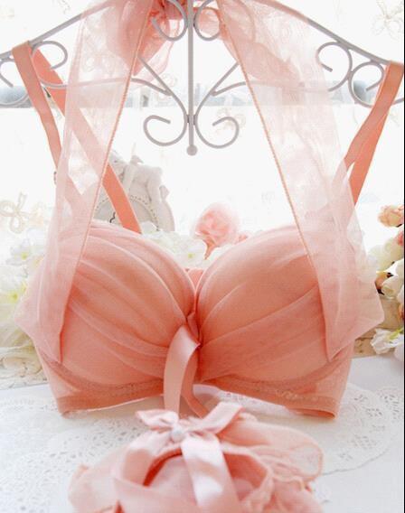 内衣,外在的美,内在的诱惑