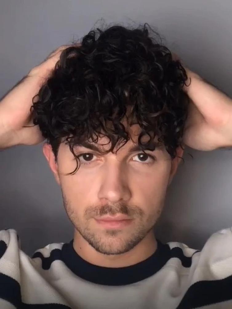 欧美男士发型黑色小短毛卷发图片