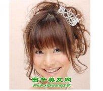 带刘海的新娘发型造型图