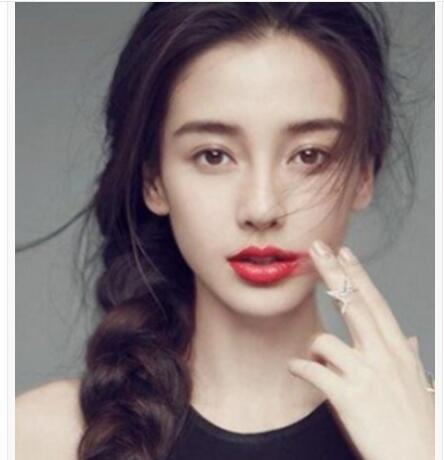 漂亮的女生麻花辫编发发型图片